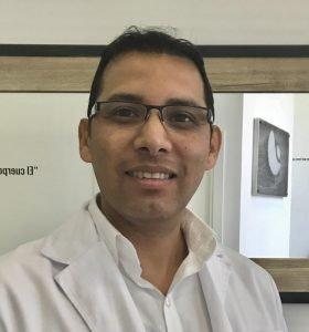 Dr. Gustavo Galindo